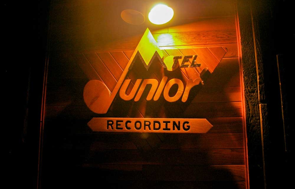 Music Makers: Take Me Down To Junior's Motel