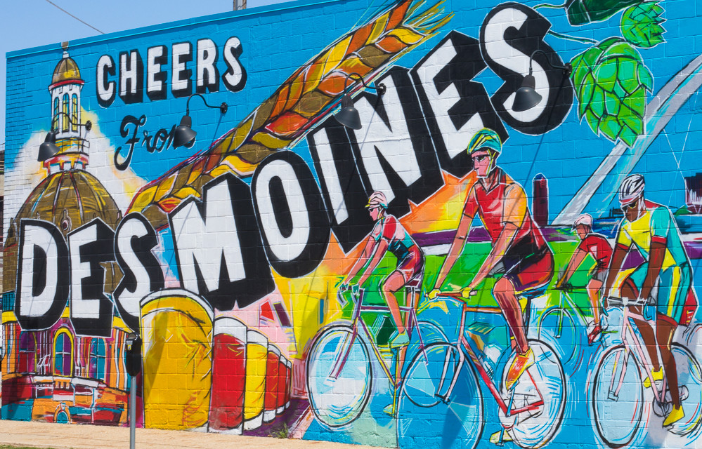 Painting the Walls of Des Moines